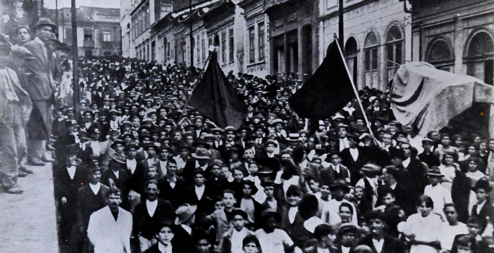 Resistência | Trabalhadores: greve geral